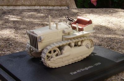 Fiat 40 Boghetto de 1939 by Universal Hobbies.