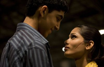 SLUMDOG MILLIONAIRE / JAI HO PAROLES & TRADUCTION EN FRANCAIS