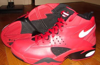 Nike Air Maestro (Red/Black/White)