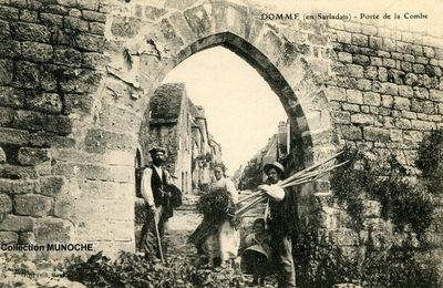 DOMME et ses portes aux débuts 1900 . Cartes postales anciennes.
