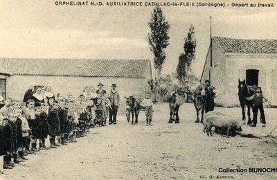 CADILLAC LE FLEIX : orphelinat catholique. Cartes postales anciennes