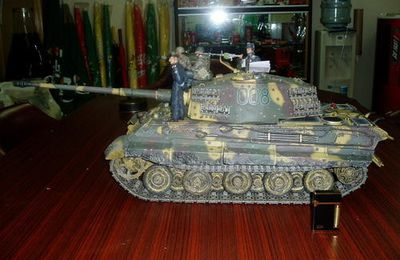 GERMAN KING TIGER 1/72
