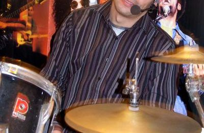 MICKEY (drums)