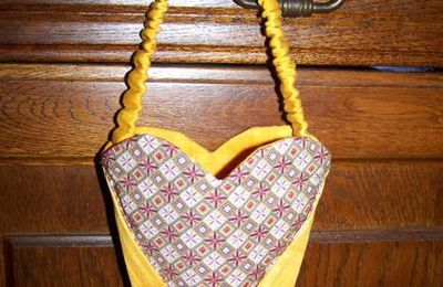 The Heart Bag de Helen Stubbings en version française...