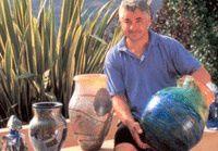 Jean Claude Novaro ouvre un atelier à Ras Al khaimah, proche de Dubaï..