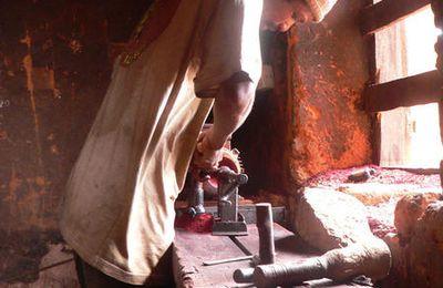 Madagascar (7) : L'artisanat du bois à Ambositra : les tourneurs