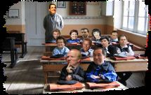 Nicolas va à l'école.