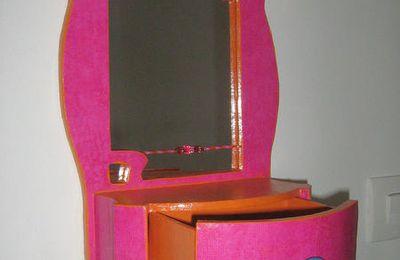 Miroir à tiroir pêle-mêle-objet carton