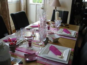 Une table rose