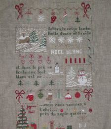 sal noel blanc de craft corner : brodé mais pas finitioné