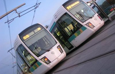 Le Tramway T3 .......