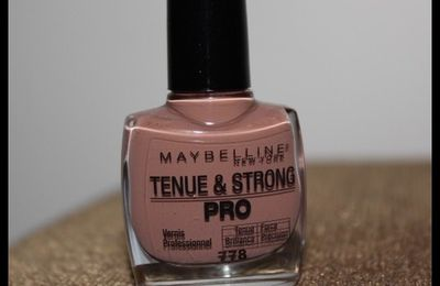 Tenue & Strong Pro Maybelline N°778
