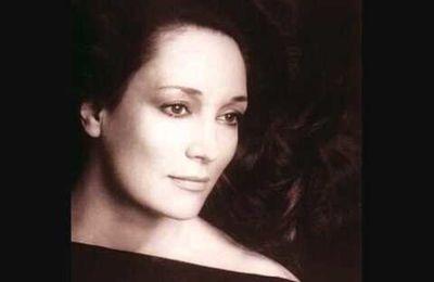 Edda Moser (Soprano)