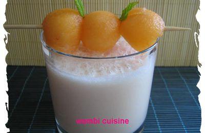 Smoothie au lait d'amande et au melon