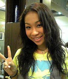 Thelma Aoyama, AAA et Morning Musume chantent Disney