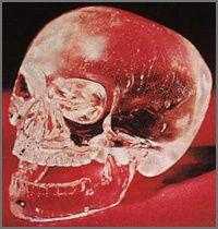 Prises de têtes (des crânes de cristal aux Skull and Bones)