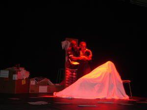 Théâtre: La vertu des ombres