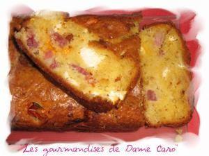 Cake feta, tomate et lardons