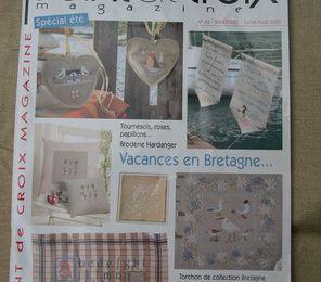 3 pages dans Point de Croix magazine Juillet-Août 2009