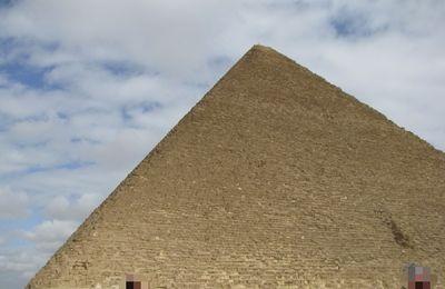 Les Pyramides (4), Guizeh