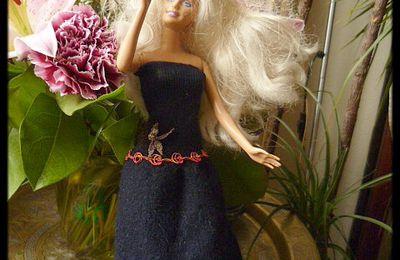 Couture - Vêtement pour poupée Barbie avec.....une manche de pull!
