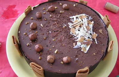 Délice chocolat-noisettes-caramel