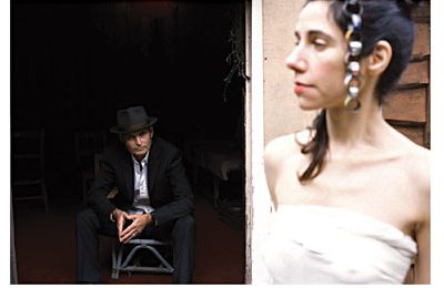 "Nouvel album de PJ Harvey ""A woman a man walked by"""