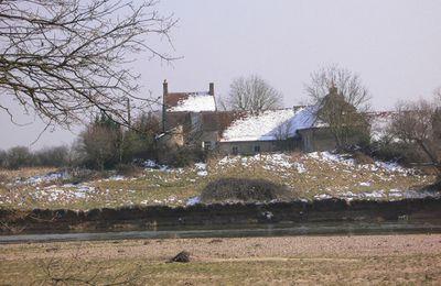 La grange cistercienne de l'Ombrée, à Orval (18)