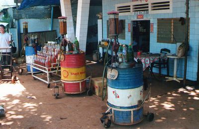 Cambodge 8 - Station service