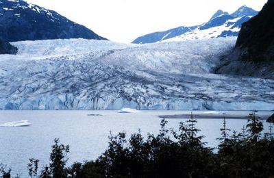 Professionell oder lachhaft: Gletscher in Peru sollen weiß angestrichen werden!?