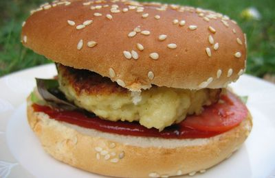 "BURGER DAY ""BURGER AU POISSON"""