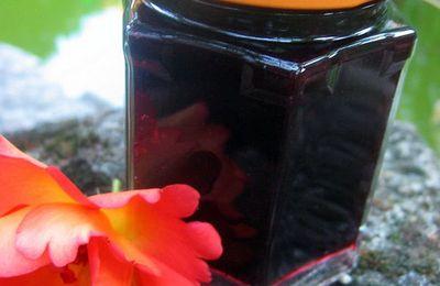 Confiture de myrtilles au caramel et pause estivale