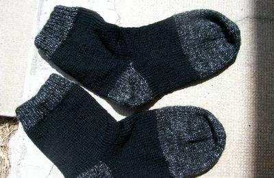 tuto chaussettes à 5 aiguilles et points enveloppés p 37 et 39