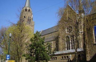 Belgique: Ixelles,église Ste Croix