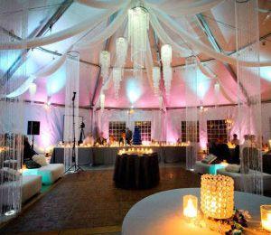 8 idées de décorations de mariage de nuit