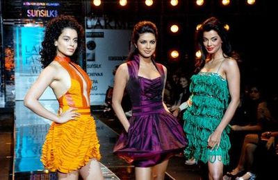 PRYANKA CHOPRA , KANGNA RANAUT , MUGDHA GODSE DEFILE AU LAKME INDIA FASHION WEEK 2008