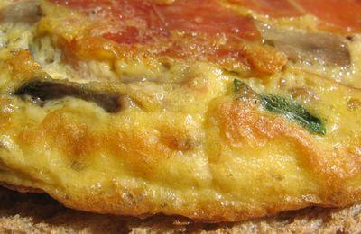 Omelette jambon cru et champignons