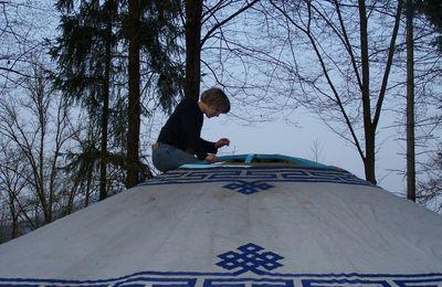 Installation du village de yourtes à Senones: Jour 3