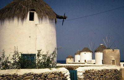 Des îles ..... des Cyclades.....