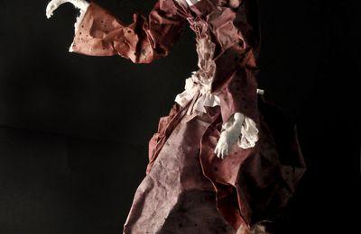 Olympia en papier maché