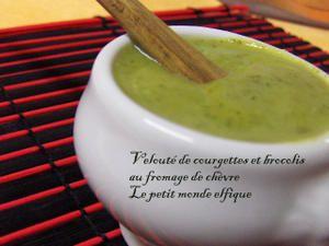 Velouté de courgettes et brocolis au fromage de chèvre