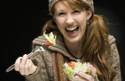 Manger de la salade rend les femmes plus heureuses ?