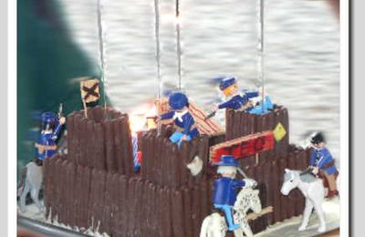 Le Gâteau : Fort de Cowboys Playmobils