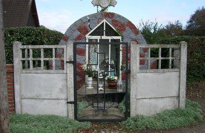 VIRONCHAUX: une bien belle chapelle/oratoire