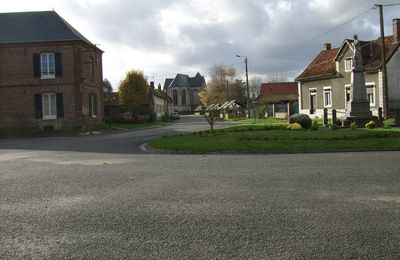 ESTREES-LES-CRECY: le village (1)