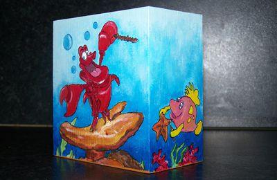 Peinture sur bois : Pot à crayons Disney