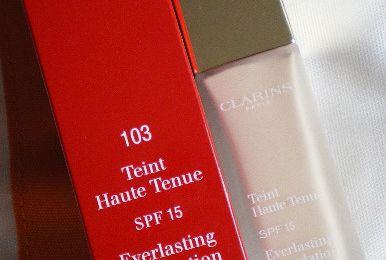 Review: Clarins Teint Haute Tenue SPF15 n°103 Ivory