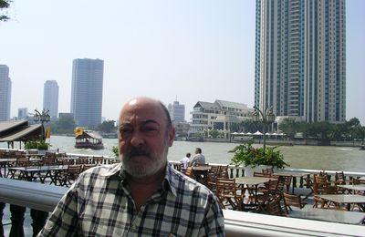 3. A orillas del Chao Phraya, el río de Bangkok