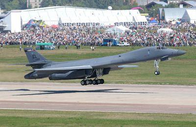 Fuerza Aerea de Estados Unidos tendrá aviones sin pilotos con habilidad de disparar armas nucleares,