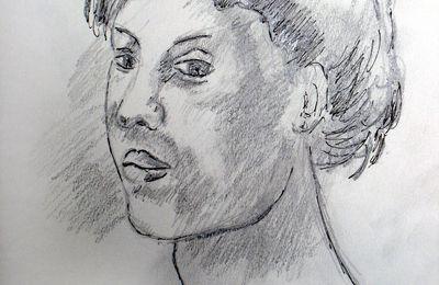 croquis crayon noir portrait de femme